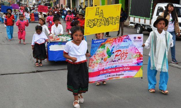 Pasto Vivió un Derroche de Color en el Carnaval de la Paz 'Vive La Alegría Estudiantil'